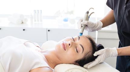 women getting facial treatment